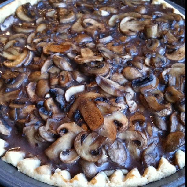 Mushroom-port tart