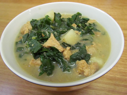 Caldo Verde with Crumbled Tempeh