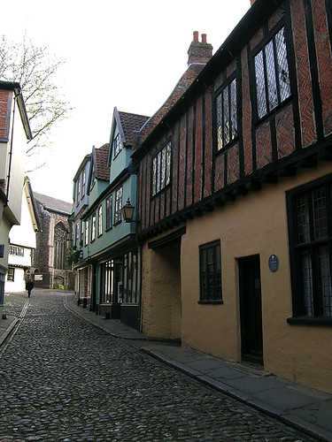 Norwich - Elm Hill and The Bear Shop