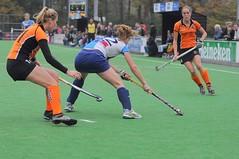 111030_Hurley_OZ_0065 (RV_61, pics are all rights reserved) Tags: hockey oz hurley oranjezwart dames1 hoofdklasse robvisser rvpics
