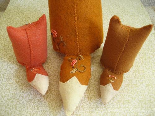 3 fox tails