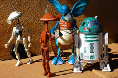 Watto great deal! (Decepticreep) Tags: episode1 watto thephantommenace pitdroid astromechdroid toydarian