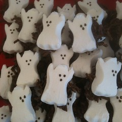Ghostie Haystacks