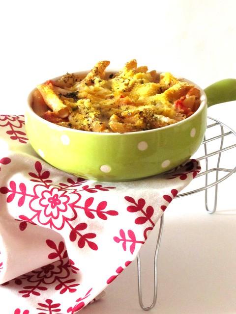 Pasta di Riso con Pomodorini e Caciotta Piccante al Gratin di Mais