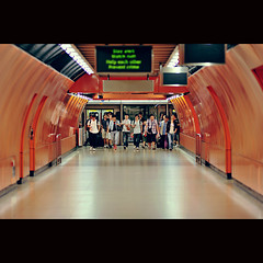 They are coming ([~Bryan~]) Tags: people station train subway hongkong metro tunnel mtr northpointstation