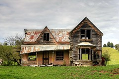 Old house, Wai-iti, Nelson, New Zealand (brian nz) Tags: old newzealand house building abandoned home farmhouse rural ruins decay farm colonial nelson historic wakefield derelict dilapidated deterioration oldandbeautiful waiiti oncewashome