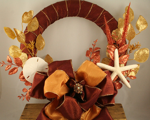 Gold Shell Wreath