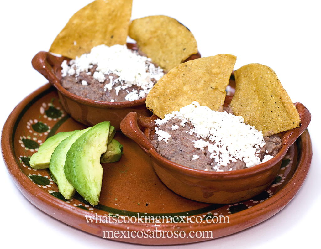 Chipotle refried beans