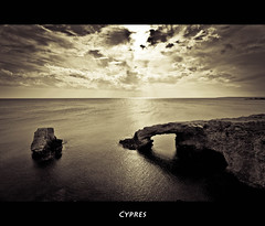 Cypres (Robert Mehlan) Tags: sea white black robert rock sepia clouds canon meer urlaub wolken napa 5d ayia weite 1740mm mkii felsen zypern entspannung cypres ruhe vollformat mehlan canon5dmkii robertmehlan