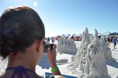 "Rodrigo Ferreira and Lucinda Wierenga, ""Ab-Duction"" Siesta Key Crystal Classic Master Sandsculpting Competition, Sarasota, Fla., Nov. 13, 2011"