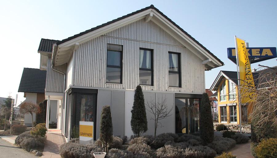 The world 39 s best photos of fertigteilhaus and griffner for Fertighaus holzhaus
