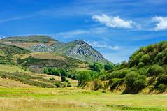 Triollo, Espagne, Spain, Castille-et-Lon 8 (paspog) Tags: spain espagne castilleetlon triollo artistoftheyearlevel3 musictomyeyeslevel1
