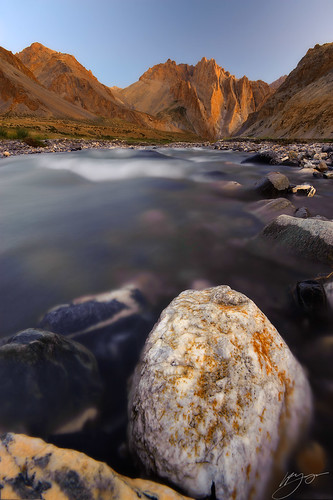 india himalaya ladakh goldenmountains langthangchu kharruin (Photo: hillsee on Flickr)