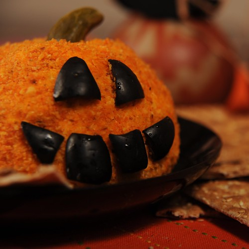 Jack-o-Lantern Cheese Ball 1865x1865
