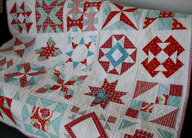 summer sampler quilt close up
