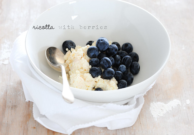 1 ricotta with blueberries