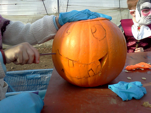 Carving the face