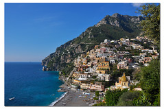 Positano in Autunno (G.hostbuster (Gigi)) Tags: houses sea italy mountain beach colors italia mare village case positano colori montagna spiaggia ghostbuster paese costieraamalfitana gigi49