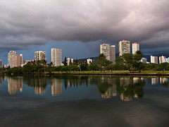 ~~Dark Skies In WaiKiKi #2~~ (TravelsThruTheUniverse) Tags: waikikioahu oahuhawaii hawaiisunset waikikisunset honoluluoahu oahusunset flickrstruereflection1 alamoanabayoahu