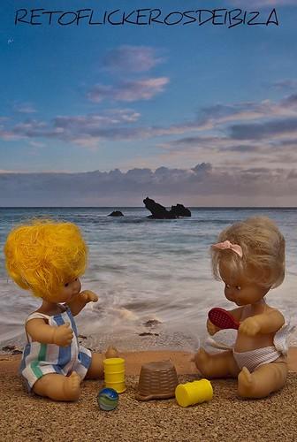 Quizas porque mi niñez sigue jugando en tu playa...