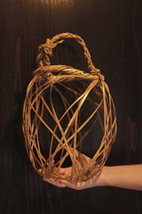 One of the lightest and airiest bamboo baskets (Otomodachi) Tags: wood art japanese handmade kunst traditional craft bamboo collection baskets take hout collector containers handwerk verzameling japanse bamboe manden traditioneel verzamelaar