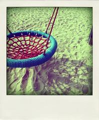 swing / κούνια