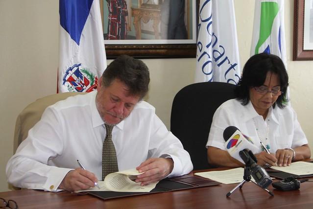 Acuerdo Proconsumidor y Aeroportuario