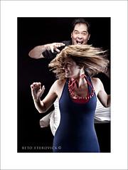 IMG_4866_ (BetoEterovick) Tags: light woman man luz hair studio jump flash workshop movimento pulo estdio cabelos elmoalves betoeterovick diaquintino