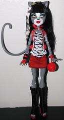 Purrsephone (~Ravie) Tags: dolls exclusive mattel toysrus purrsephone monsterhigh