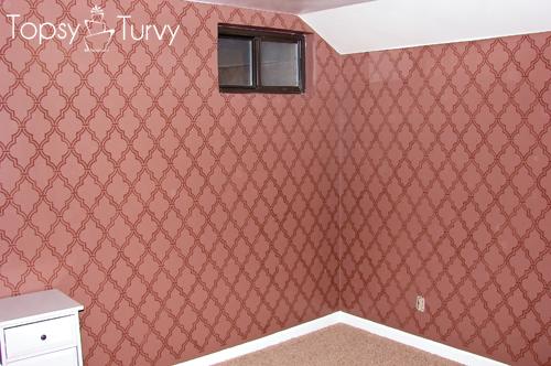 double-trellis-wall-stencil-main-wall