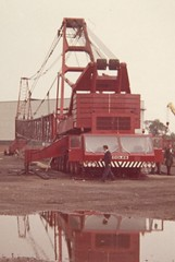 Sparrows Unwanted Colossus (Jibup) Tags: red mobile big bath lift crane duty large boom cranes taylor huge darlington chassis heavy sparrows 1972 strut neal sunderland coles lifting telescopic capacity crownworks jdwhite 250tons sparrowscranehire colescolossus