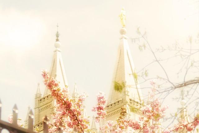 SL temple moroni