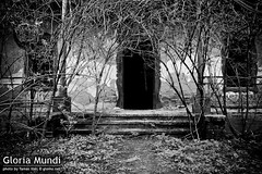 Entrance of a forgotten world (glomu.net) Tags: trees bw abandoned stairs garden entrance porch mansion