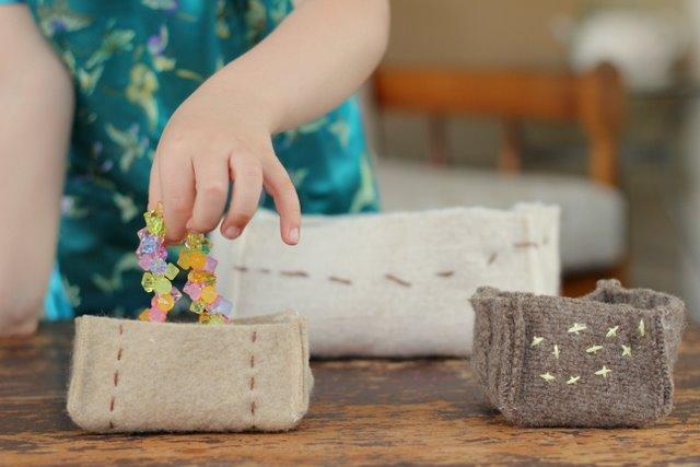 Zakka Stash Box from Kids Crafternoon {felting}