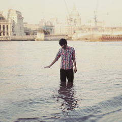 making London move (sevgi.k) Tags: portrait london water thames river stpauls ufuk inwater sevgik