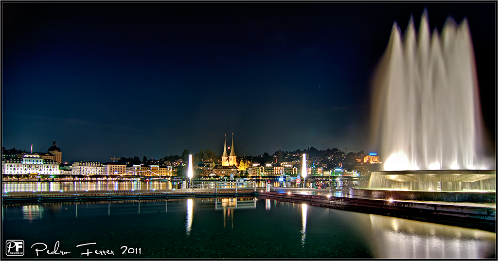 Suiza - Pueblos con encanto - Lucerna - Nocturna en el lago