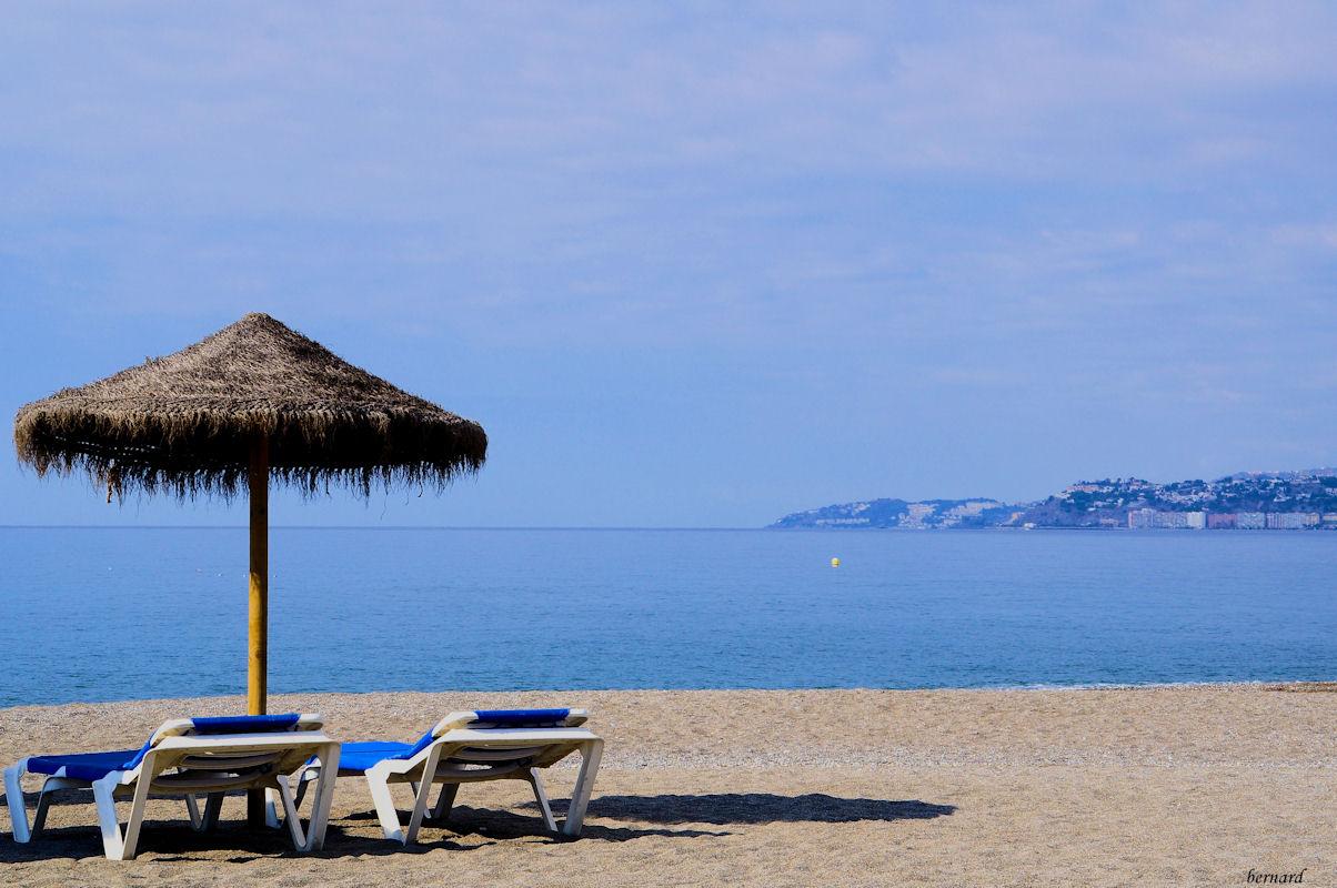 ESPAGNE-SALOBREÑA- plage .1- Andalousie- village blanc.r