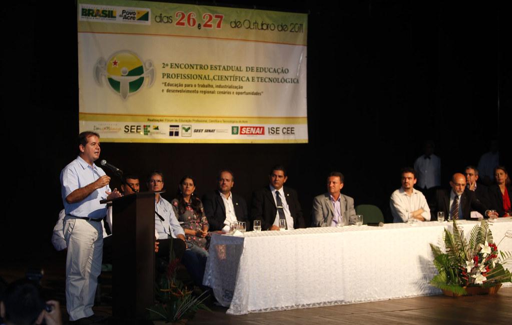 Fórum discute educação profissional no Acre