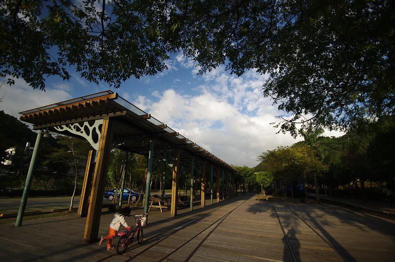 合興車站and追火車