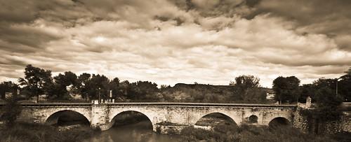 301/365 Puente Árabe sobre el Río Henares por Juan R. Velasco