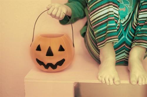 ready, scary, boo!