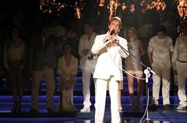 Roberto Carlos e estrelas gravam tema de fim de ano da Globo by Portal Itapetim