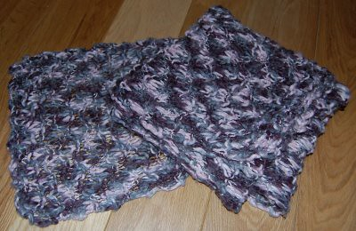 purple scarf / paarse das