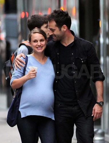 Pregnant-Natalie-Portman-Pictures