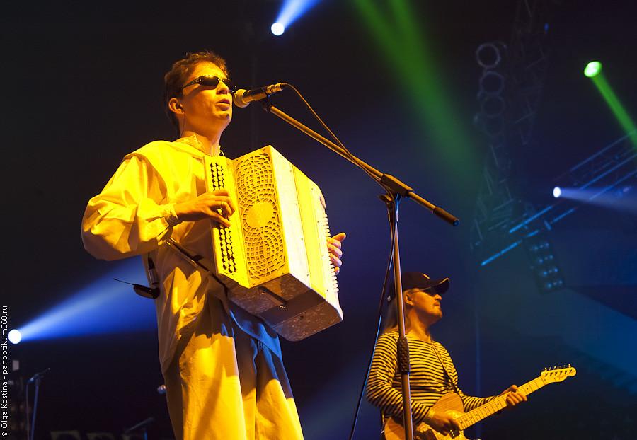 festival-xxx-let-leningradskomu-rok-klubu-foto