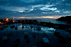 Scotland sea sunrise (RiccardoDelfanti) Tags: morning blue sea sun white black color water clouds sunrise boats harbor scotland nuvole alba  peaceful calm porto sole riccardo stonehaven mattino scozia delfanti latramaviola