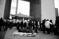 sleeping (gabmeriadeck) Tags: ladfense 111111 occupy indignados indigns occupywallstreet wearethe99 occupyladfense occupydefense