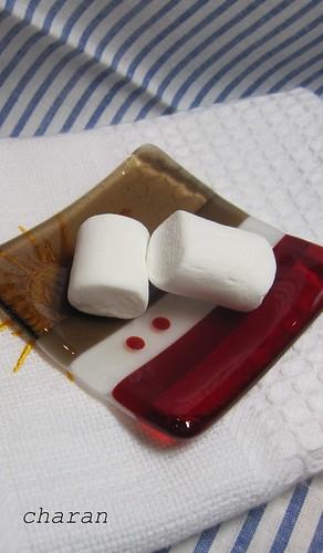 マシュマロと豆皿 by Poran111