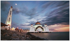 The Straits Mosque, Malacca (Vin PSK) Tags: mosque malaysia malacca floatingmosque straitsmosque mygearandme mygearandmepremium mygearandmebronze mygearandmesilver mygearandmegold mygearandmeplatinum mygearandmediamond