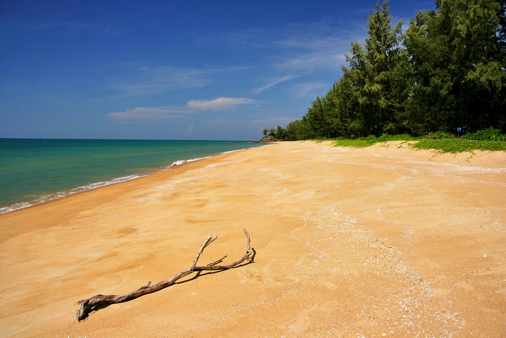 Golden Buddha Beach - Koh Phra Thong